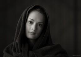 Valeria in scarf