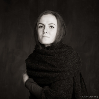 Julia wrapped in grey scarf - with Julia